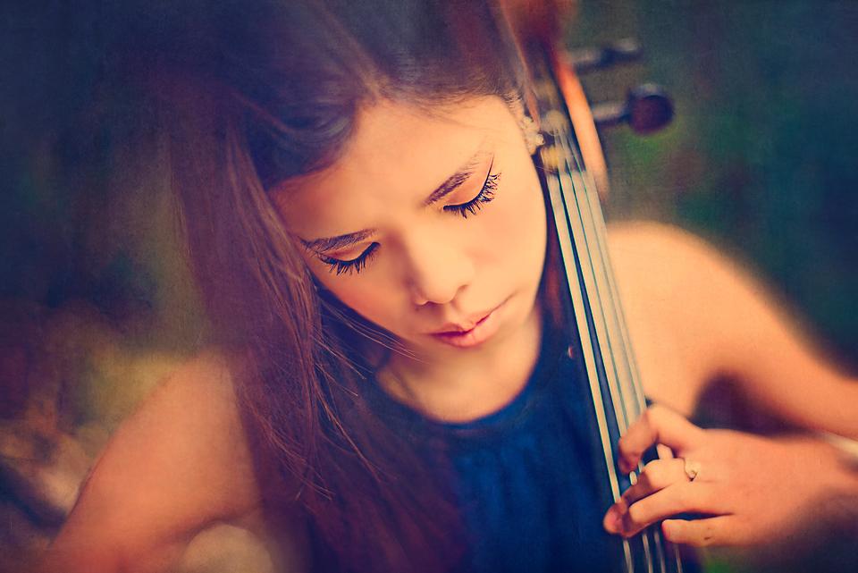 Claire Gunn (19)